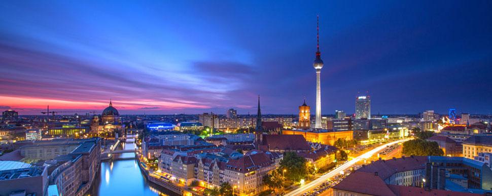 Berlin bei Nacht -  Internationale Musikakademie Philharmonika Berlin